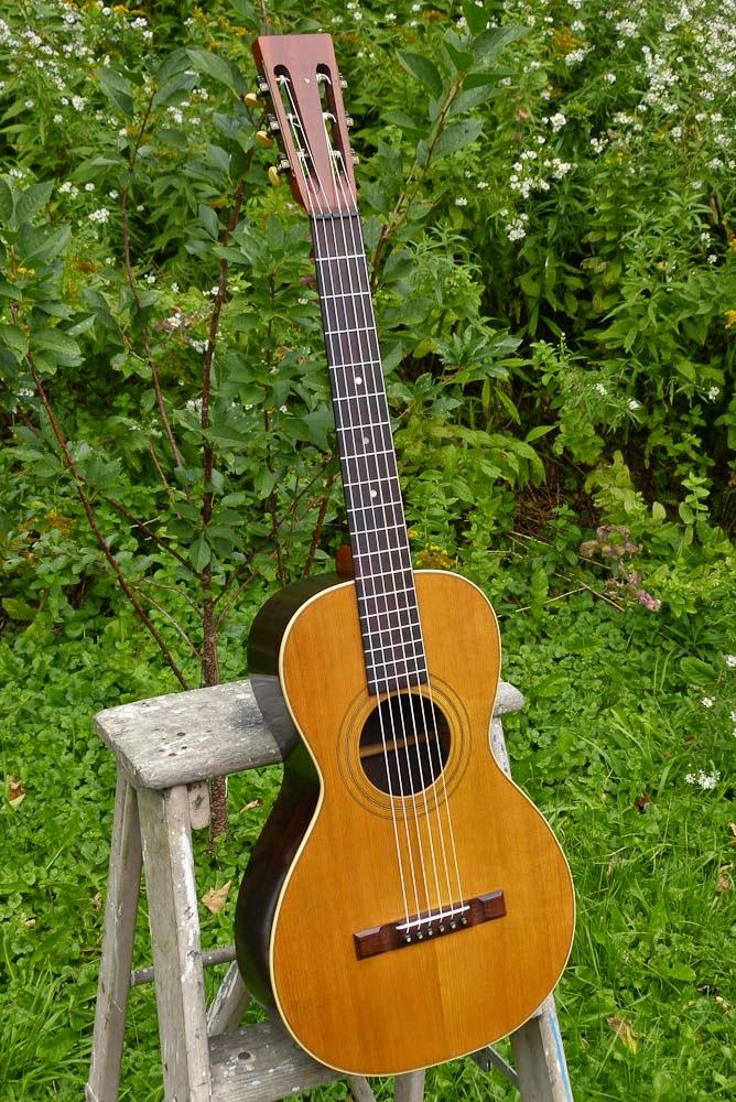 c 1905 Weymann Size 2 Gut-strung Parlor Guitar