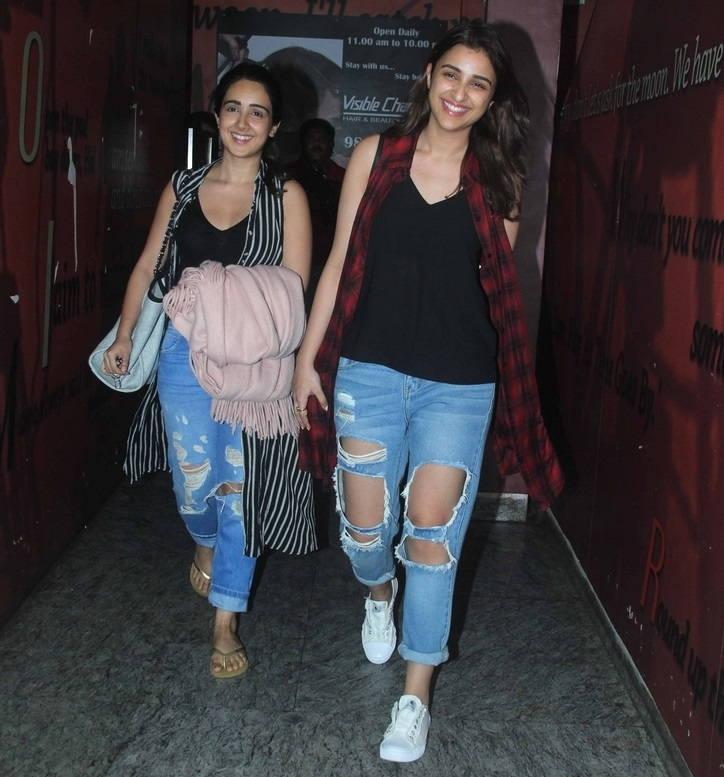 Parineeti Chopra Without Make Up Face Stills In Maroon Shirt Blue Jeans
