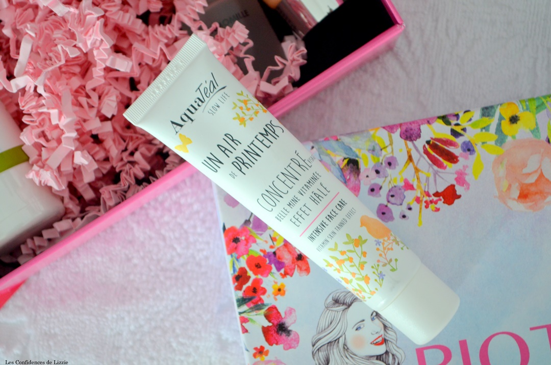 produits-beaute-naturels-bio-cosmetiques-box-beaute-bio-biotyfull-mars-2019-teint-hale-bonne-mine-aquateal