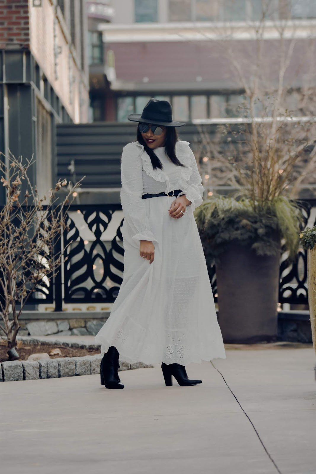 shein, shein clothign reviews, ruffle dress, winter whites, affordable outfits, chic mom outfit ideas