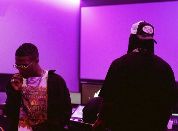 Fans Excited As Wizkid Hints Collaboration With Burna Boy (Photos) #Arewapublisize