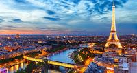 Castiga o excursie in doi la Paris