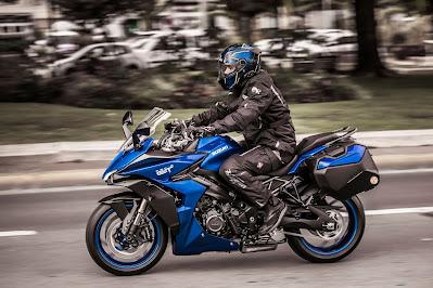 Nueva 2022 Suzuki GSX-S1000GT