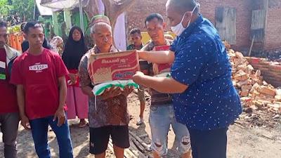 Untuk Korban Kebakaran Abdul Rauf Berikan Bantuan Sembako dan Minta Perhatian Pemerintah Daerah