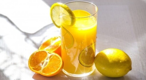Minum Jus Buah-Buahan Ketika Sahur Untuk Kekal Cergas