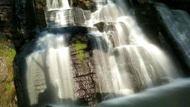 cara memotret air terjun slow speed agar terlihat halus seperti kapas dengan menggunakan Hp, air terjun batu manrusu