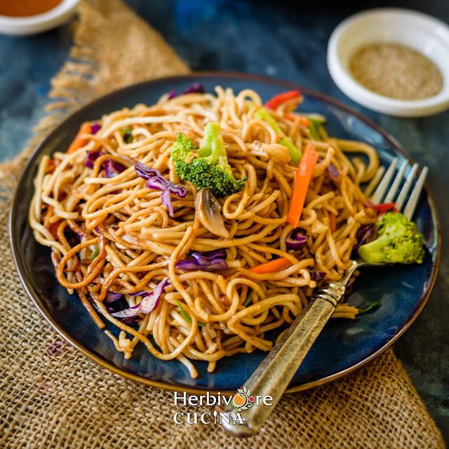 Instant Pot Chow mein