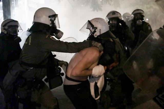Αστυνομική βία. Μάθε και προφυλάξου (από τις μπούρδες)