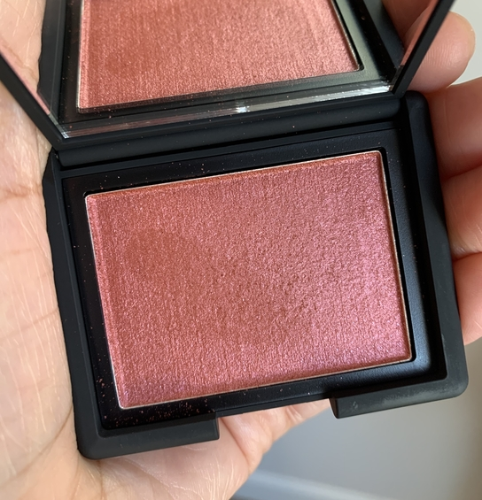 NARS Powder Blush Dominate dark skin
