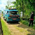Polisi Kawal Pemakaman Jenazah Pasien Covid-19 di Bukateja