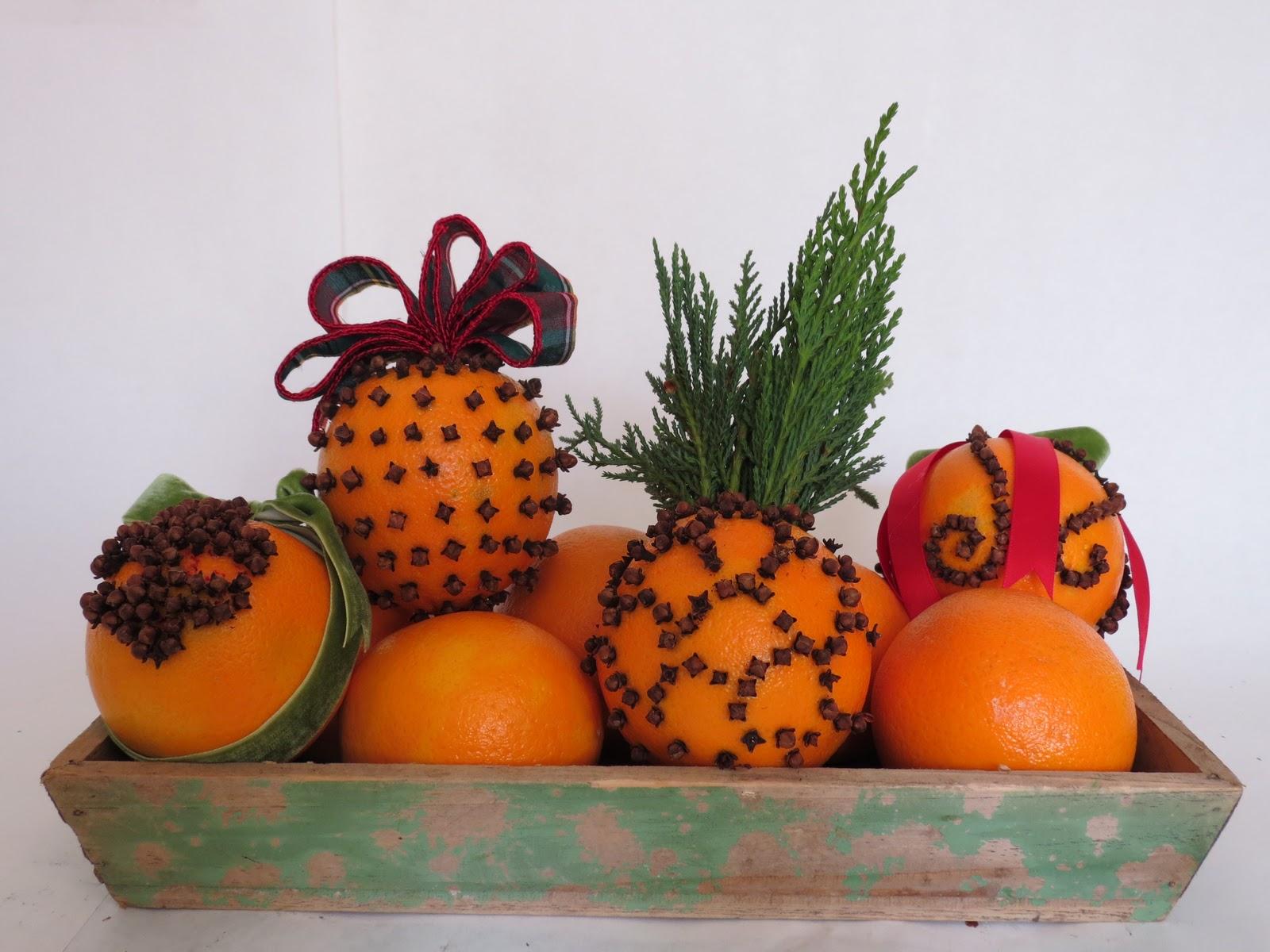 La Fleur Vintage: Expert Advice: Orange Clove Pomanders