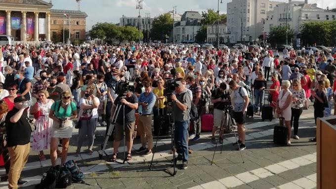 Kormányzati segítségért demonstráltak idegenforgalmi vállalkozók Budapesten