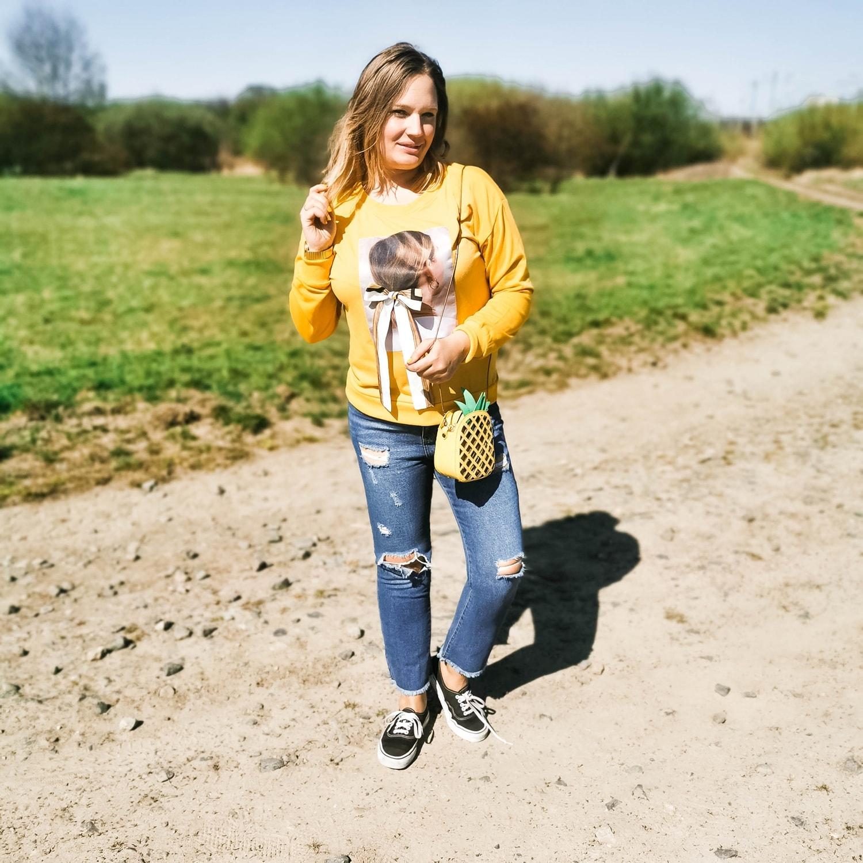 jeans_vans_sneakers