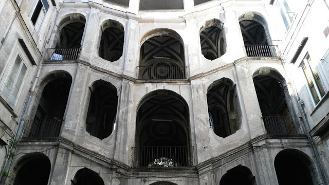 Palazzo Sanfelice-Rione Sanità-Napoli