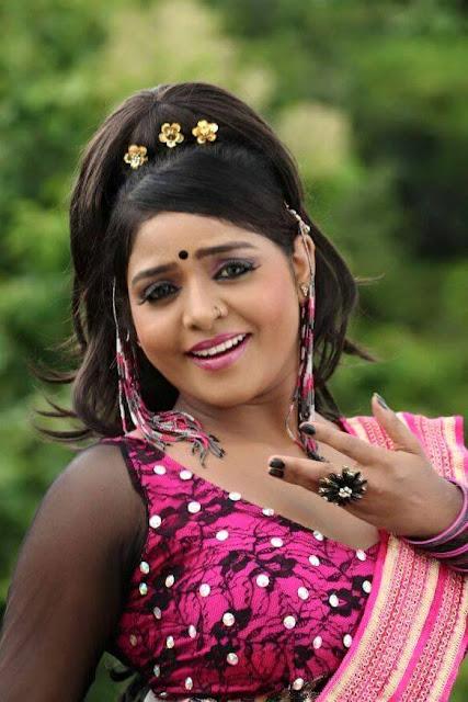 Bhojpuri Actress Priya Sharma HOT Photos, Images, Pics
