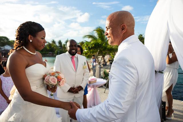 mariage Guadeloupe la créole beach le Gosier couple