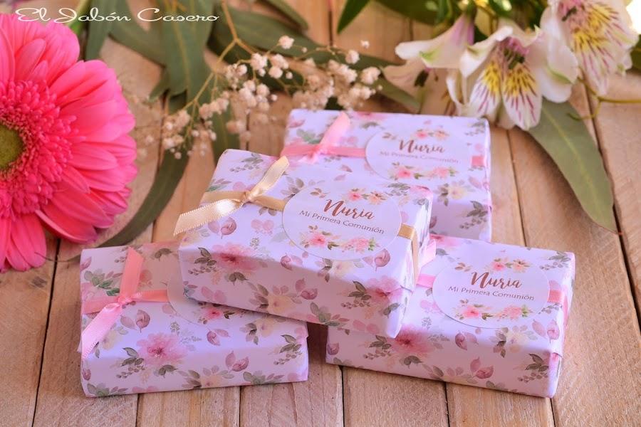 Detalles para comuniones jabones naturales florales