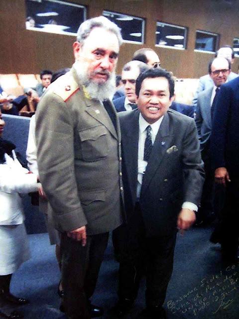 Até Fidel castro fez questão de comparecer na Eco-92e cantar a morte da era capitalista