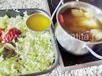 Turnam supa de rata pe varza calita in tava - preparare reteta