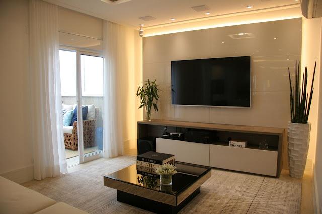 painel-tv-com-LED-decoraco