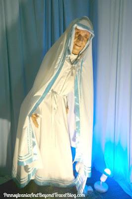 Niagara Wax Museum of History - Mother Theresa