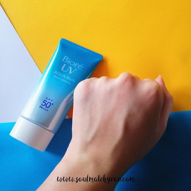 Review; Bioré's UV Aqua Rich Watery Essence SPF50+ PA++++