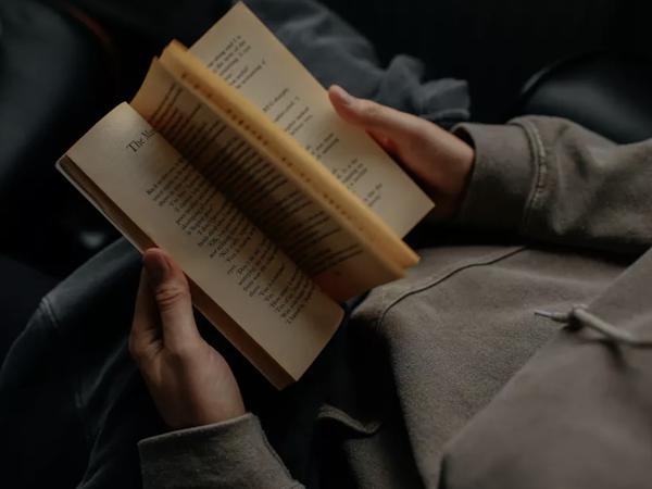 Menjadi Pembaca Buku Lagi, Setelah Sekian Tahun