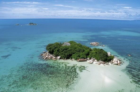 Pulau Keluang Dan Pulau Tsunami Merupakan Eksotisme Wisata Bahari Di Provinsi Aceh Travellink Indonesia