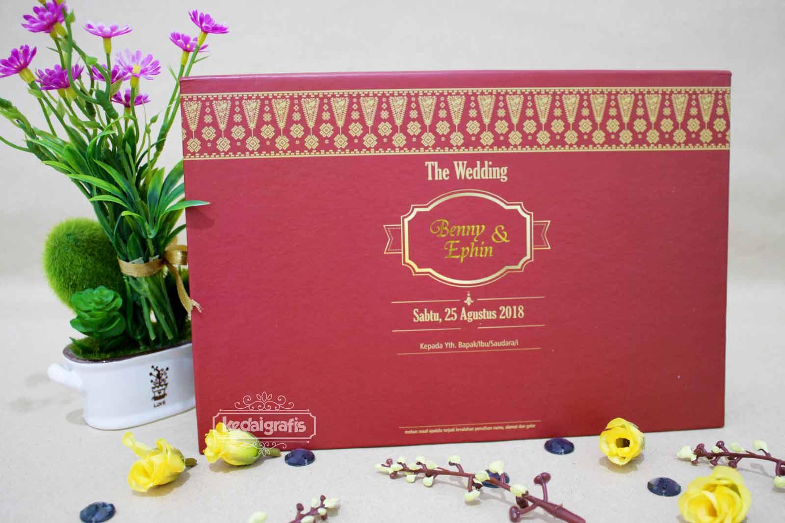 Desain Kartu Undangan Pernikahan Simple