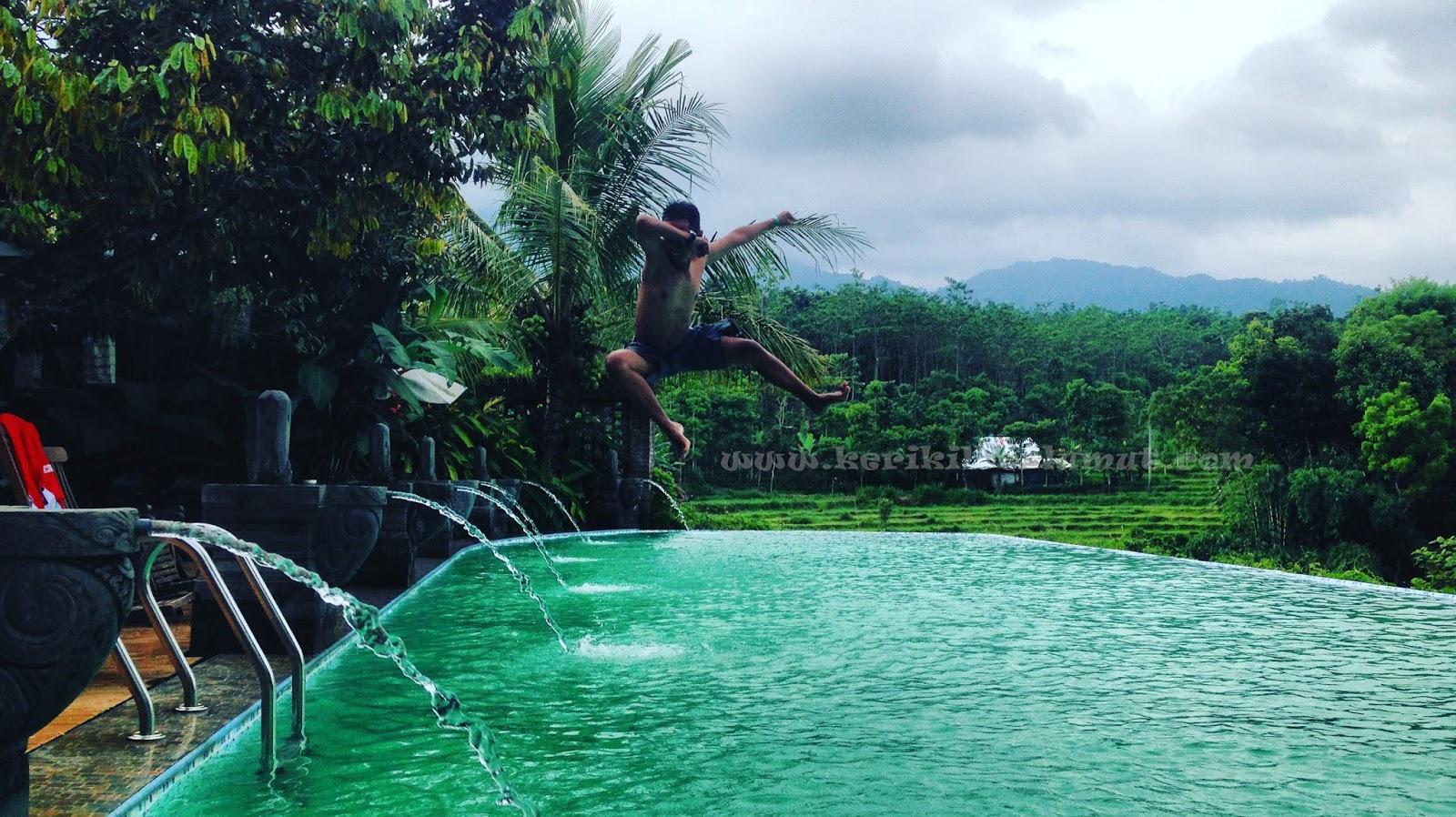 Kolam Renang Kampoeng Djawi