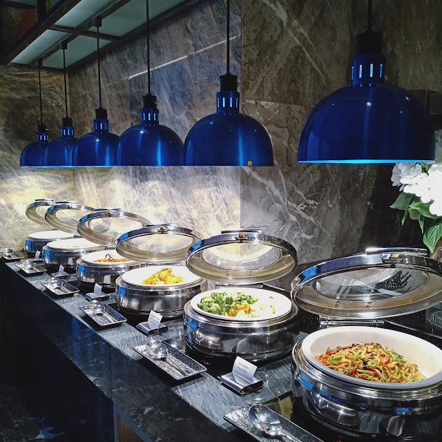 DINE @ EIGHT BUFFET DINNER DI HOLIDAY INN JOHOR BAHRU CITY CENTRE
