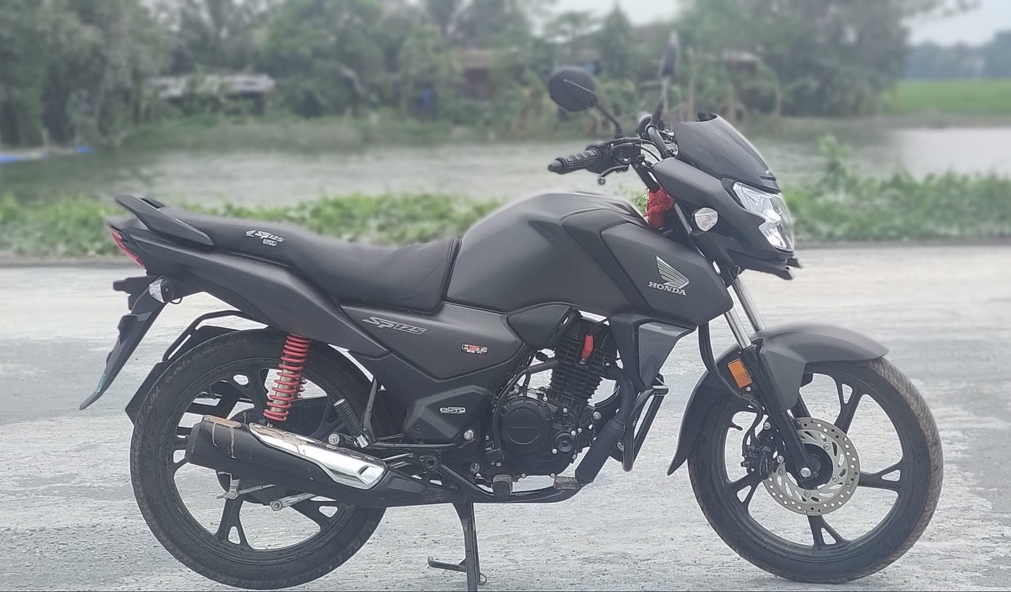 Honda SP 125 Price in India, Mileage, Specifications, Colors, Top Speed and Servicing Periods
