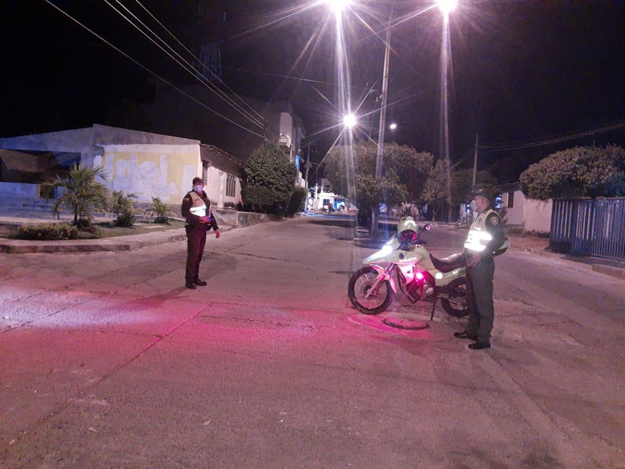 https://www.notasrosas.com/Policía Guajira entrega Balance de Actividades del Fin de Semana