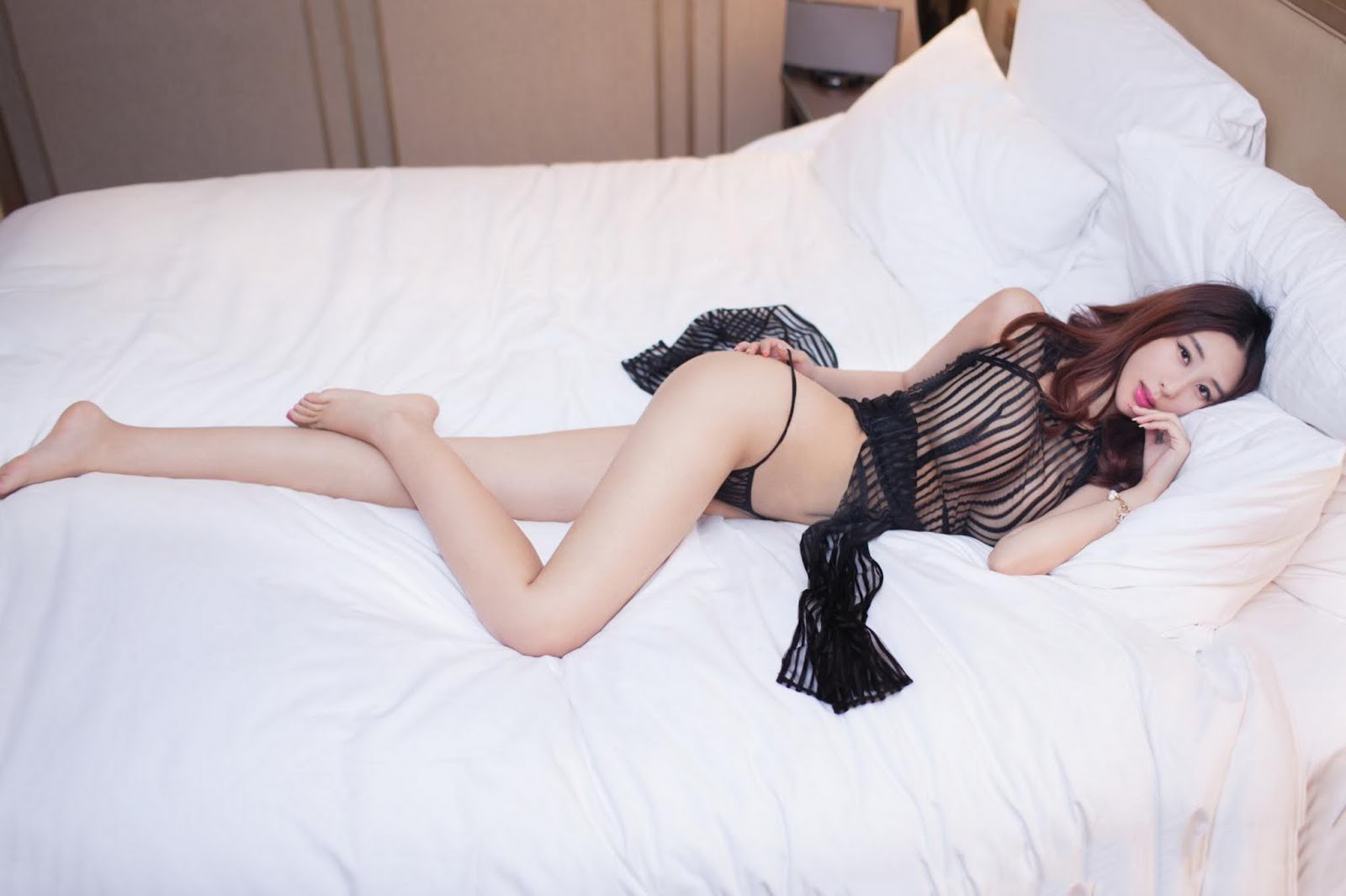 25 - Lake Model Sexy TUIGIRL NO.52 Hot