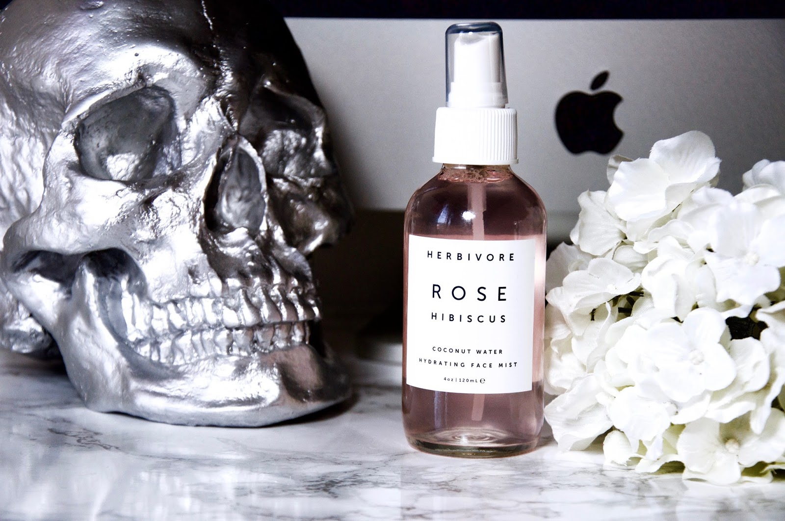 THE REVIEW: HERBIVORE BOTANICALS ROSE HIBISCUS HYDRATING FACE MIST