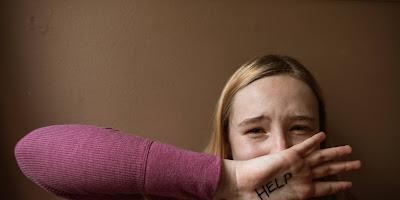 Cari Kayu Bakar Di Belakang Rumah, Perempuan Tuna Rungu Dirudapaksa Oleh Seorang Pria