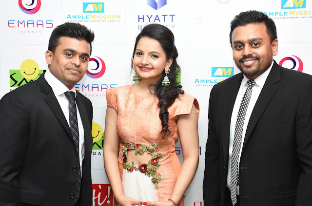 Mr Ketan & Jatin Chokshi of Narayan Jewelelrs with actress Gia Manek who is wearing jewellery by Narayan Jewellers at Smile Foundation's Ramp For Champs show