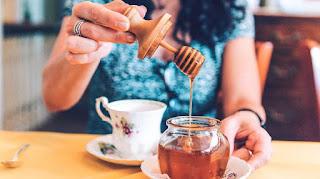 manfaat madu untuk kesehatan. madu asli, madu hutan, manfaat minum madu, khasiat minum madu,