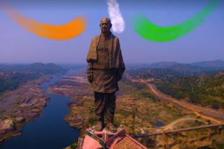 Hire a guide in the Statue of Unity, pay 1,000 rupees a day
