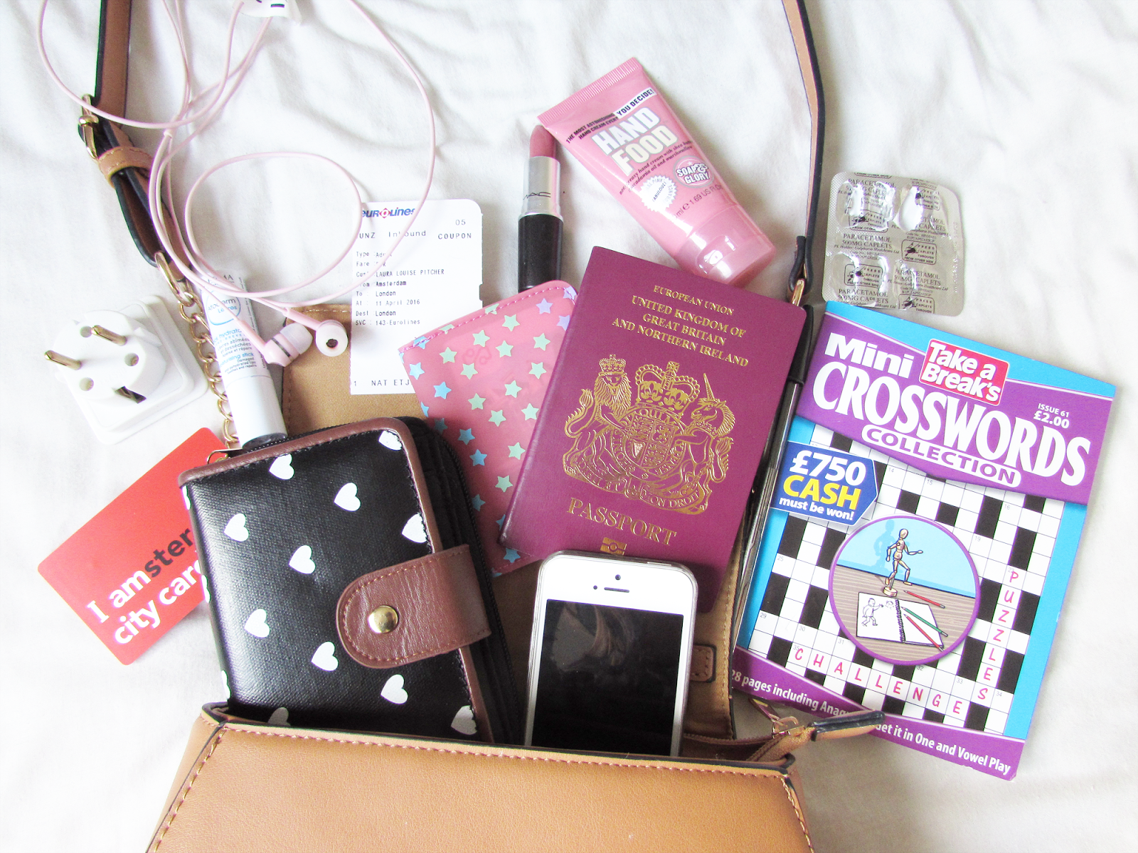 What's In My Handbag | Amsterdam Edition