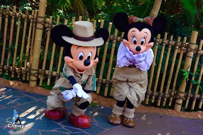 心動在奇妙瞬間探險家米奇和米妮現身探險世界自拍點, HeartFluttersWithMagic-Selfie-Spot-MeetnGreet-2021-Adventurers-Mickey-and-Minnie, Hong Kong Disneyland, 香港迪士尼樂園
