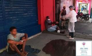 Moradores de Barreiras e Itabuna recebem doações da PM
