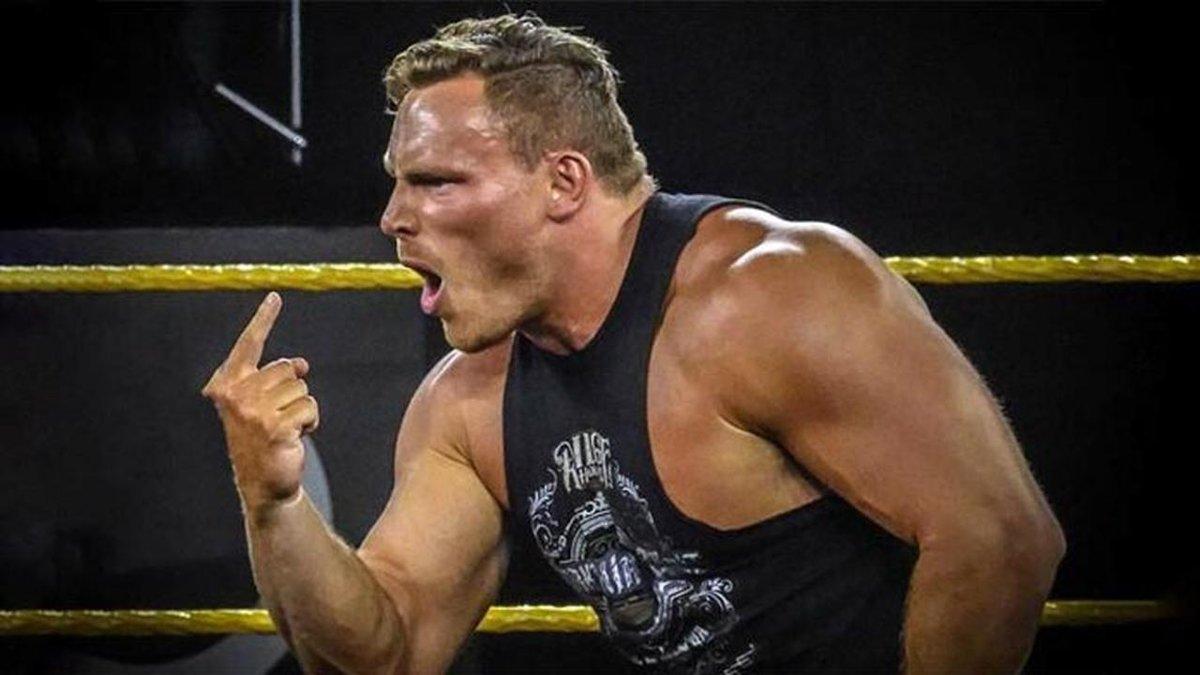 Ridge Holland retorna durante o WWE NXT
