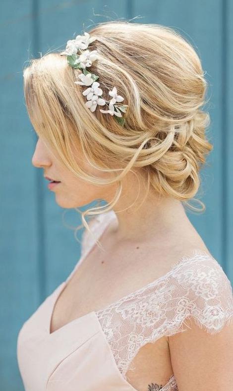 Stunning Wedding Hairstyles inspiration #weddinghair