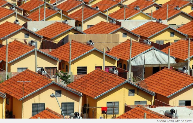 Bolsonaro zera verbas para Minha Casa, Minha Vida; obras de 200 mil casas vão ser paralisadas