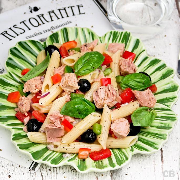 Frisse pastasalade met tonijn en groenten