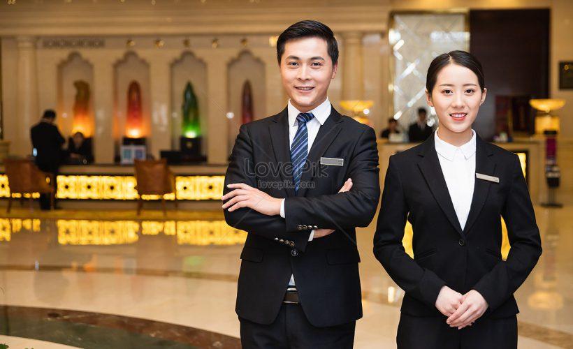 Cử nhân Quản trị khách sạn