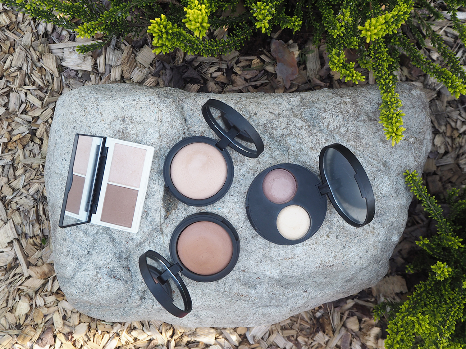 Lily Lolo Contour Duo, inika Baked Mineral Foundation Inspiration, Wisdom und inika Baked Contour Duo Teak