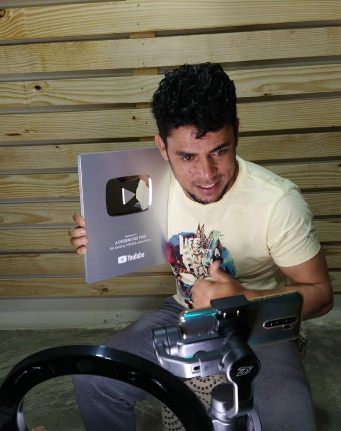 100 MIL INSCRITOS – Youtuber saloaense recebeu placa