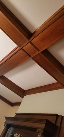 3 Elm St Newton NJ Authenticated Sears No 163 of Reuben Talmage ceiling beams living room